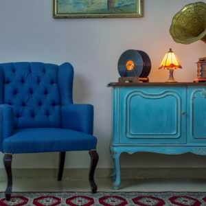 5 Easy Tips on How to Decorate with Antiques