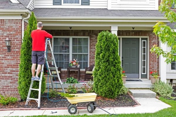 A Home Maintenance Checklist for a Productive Summer Season