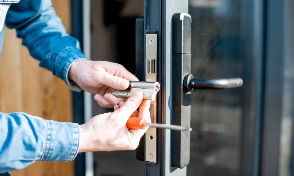 Ways To Open Your Door Without A Key The Clinton Courier