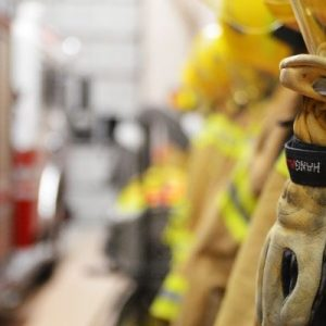 Tips for Choosing the Right Firefighting Gloves