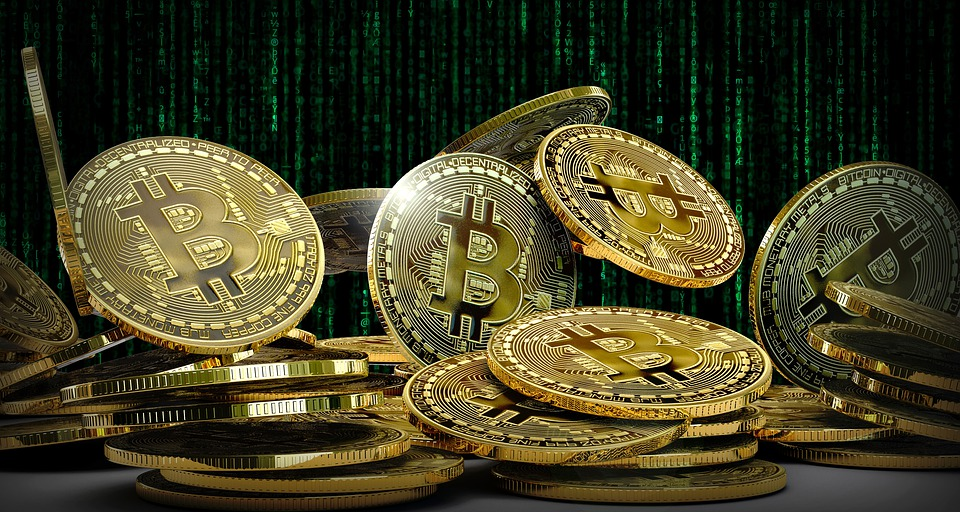 picture-of-gold-bitcoin