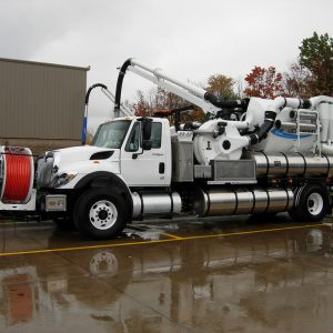 Jet-vac truck
