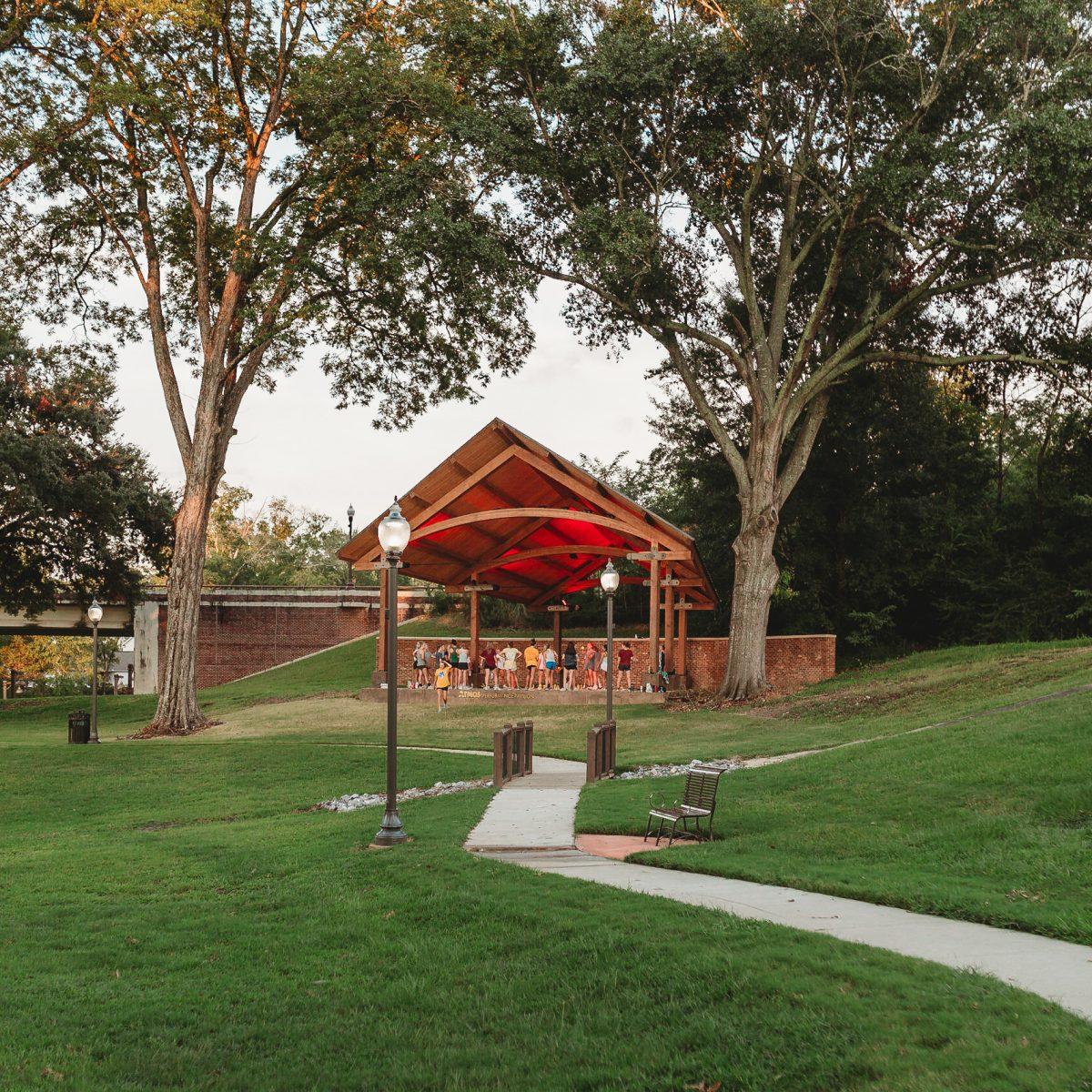 lions club park clinton amphitheater